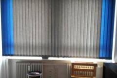 Sonnenschutz-Büro-Arbeitsplatz-Fenster